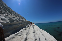 Scala dei Turchi (billoable) Tags: world life friends sea people italy white holiday nature beautiful rock stone canon wonderful island photography eos photo reflex italia mare foto pics magic natura trips sicily isla vacanza sicilia agrigento spettacolo isola portoempedocle woooo scaladeiturchi 600d canon600d realmento