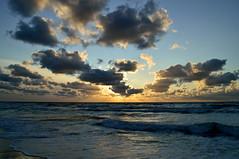 Zonsondergang de Koog (2014) (l-vandervegt) Tags: sunset sea holland beach netherlands strand zonsondergang nederland zee texel niederlande 2014 dekoog