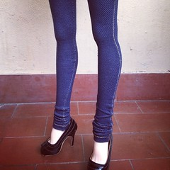 Jeggings fo SD13 girl ( Shira ) Tags: square squareformat hudson iphoneography instagramapp uploaded:by=instagram