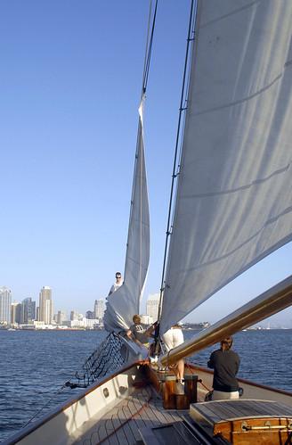 race america yacht replica isleofwight schooner royalyachtsquadron festivalofsail sandiegocalifornia sandiegomaritimemuseum nextlevelsailing america'scup bluewhalesunsetsail