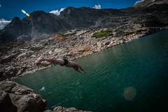 DSC_5500 (Yann Ropars) Tags: mountain kids jump colorado hiking diving rockymountains theo zak bluelake sawtooth 2014