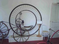 mot-2006-remoulins-pic_0114_cycle-museum-4_800x600