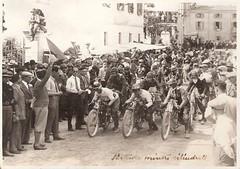 04-partenza-cilindrate-minori--circuito-s.-bernardino-1927