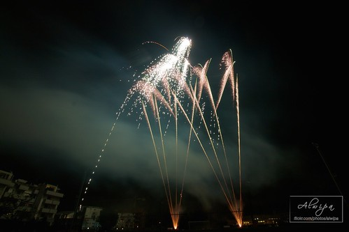 """Fireworks • <a style=""""font-size:0.8em;"""" href=""""http://www.flickr.com/photos/104879414@N07/15256837355/"""" target=""""_blank"""">View on Flickr</a>"""