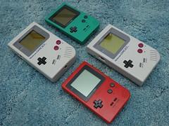 Gameboy collection. (DigitalCanvas72) Tags: red green nintendo nikond70s oldschool offwhite gameboy gameboypocket originalgameboy portablegaming nikkor24mm28d nikonsb700 retrosystem