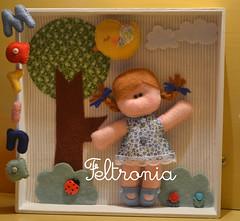 Quadrinho para o quarto da Marina! (Feltronia by Bia Leira) Tags: artesanato criança feltro menina mdf maternidade quadrinho noneca feltronia bialeira