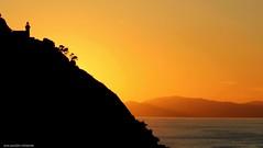 atardecer 02 (ana menchon villacorta) Tags: sunset sea costa mer backlight contraluz landscape atardecer coast mar cte ocaso basquecountry contrejour paisvasco donostia paysbasque puestadelsol sansebastin