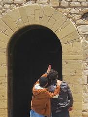 morocco (gerben more) Tags: men gate couple arch morocco essaouira marokko essouira