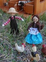 Farmers (wildflowertoys) Tags: woodentoys dollhousedolls toybarn bendydoll naturaltoys waldorftoys elvesandangels dollhousefamily toystable wildflowerinnocence