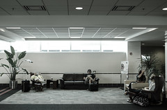 Waiting (Hugo H.) Tags: usa fall wisconsin airport madison msn wi