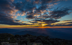 Sunset at the Summit (photoMakak) Tags: sunset canon unitedstates hiking newhampshire whitemountains nh jefferson canonef1740mmf4lusm coucherdesoleil randolph 6d randonnée peakbagging presidentialrange nh48 ne111 canon6d ne100 ne4000 ne67 photomakak jeffersonsummit