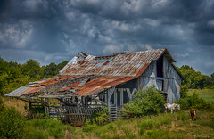 Old Rock City Barn (JBRazza Photography) Tags: georgia historical barn rockcity horse stable clouds field rust stormclouds abandoned old decay razza jbrazza johnrazza