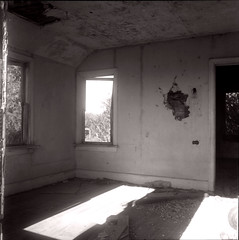 Past (Danny Jim) Tags: oldhouse abandoned empty film monochrome mamiyac3 deserted shanghaigp3
