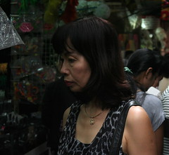 Bangkok (Wolfgang Bazer) Tags: bangkok thailand chinatown talat mai new market mourning bhumibol