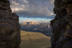 Through the Rocks (Matt Thalman - Valley Man Photography) Tags: mountain rock nationalpark colorado unitedstates places longspeak 14er rockymountainnationalpark rockcut