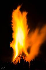 (-BigM-) Tags: june juni fire photography fotografie 21 flame solstice feuer flamme kreis bigm gppingen adelberg sonnwende
