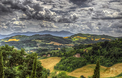 Marche (Fil.ippo (on vacation)) Tags: italy panorama rural landscape country hill urbino hdr filippo marche paesaggio bianchi raffaello marches d7000 filippobianchi