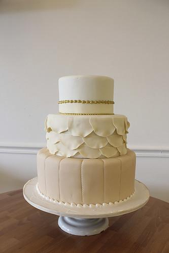 Vintage Scallops Dress Inspired Wedding Cake