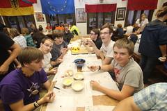 Schoggifondue im Gasthof (Waldsee) Tags: first german half hlfte erste speisesaal bemidji waldsee gasthof berraschung ankunftstag schoggifondue 2014gb26 2014gb24 2014gb42 2014gb20 16juni2014 2014gb21 2014gb22