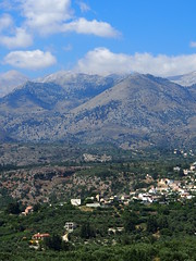 Crete is not just beaches and sun, they also have mountains with olive trees and small villages!