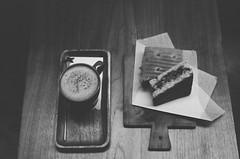 (Hsuan-Yu Peng) Tags: coffee blackwhite nikonfm2 flim fujifilmneopan100acros nikkor1850