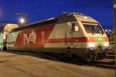 Sr2 3217 (Sami Nordlund) Tags: locomotive pori veturi rautatieasema sr2 electriclocomotive shkveturi