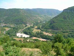 mot-2002-riviere-sur-tarn-viewfrom_peyrelade_chateau01_800x600