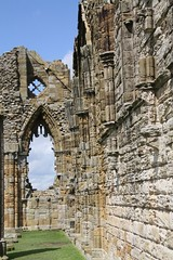 Whitby Abbey (richardr) Tags: old uk greatbritain england building english heritage history abbey architecture ruins europe european unitedkingdom britain yorkshire ruin historic whitby british europeanunion northyorkshire whitbyabbey northriding