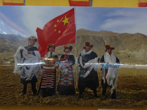 Chinesische Flagge in Tibet_1670