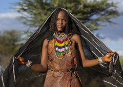 Borana Tribe Woman, Yabelo, Ethiopia (Eric Lafforgue) Tags: africa portrait people horizontal outdoors women day veil adult african tribal bracelet bead nomad ethiopia tribe anthropology oneperson hornofafrica ethiopian boran traditionalclothing beadednecklace onewomanonly lookingatcamera oromia oromo colorpicture oneyoungwomanonly borana borena africanethnicity 1people yabelo africanculture onlywomen nomadicpeople borani iavello colourpicture oneadultonly yavello yabalo borans yavelo booran yeabelo olaraba wasoborana ethio1400989
