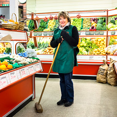 Yvonne Feeley, Crittle's Greengrocers & Fruiterers, Wadhurst (craig_prentis) Tags: portrait vegetables fruit female project personal broom greengrocer wadhurst crittles fruiterer portrait365 craigprentisphotography fujix100s yvonnefeeley