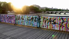 where are the love locks ? (YOUGUIE) Tags: streetart paris seine graffiti cadenas message tag pont graff pontdesarts brusk lovelocks