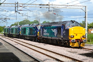 Direct Rail Services Class 37/4 37423 Spirit of the Lakes Class 68s 68008 Avenger, 68007 Valiant & 68006 Daring - Acton Bridge