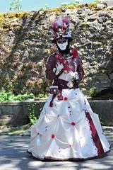 Parade vénitienne Yvoire (joménager) Tags: costume masque hautesavoie yvoire rhônealpes nikond3 nikonpassion nikonafs70200f28 costumesvénitiens