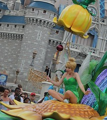 Festival Of Fantasy - Tinkerbell (MediumHero6) Tags: world street usa face festival hub dancers florida character magic main parks tinkerbell kingdom dancer disney parade peter fantasy brave pan wdw waltdisneyworld wendy walt performers mk fof