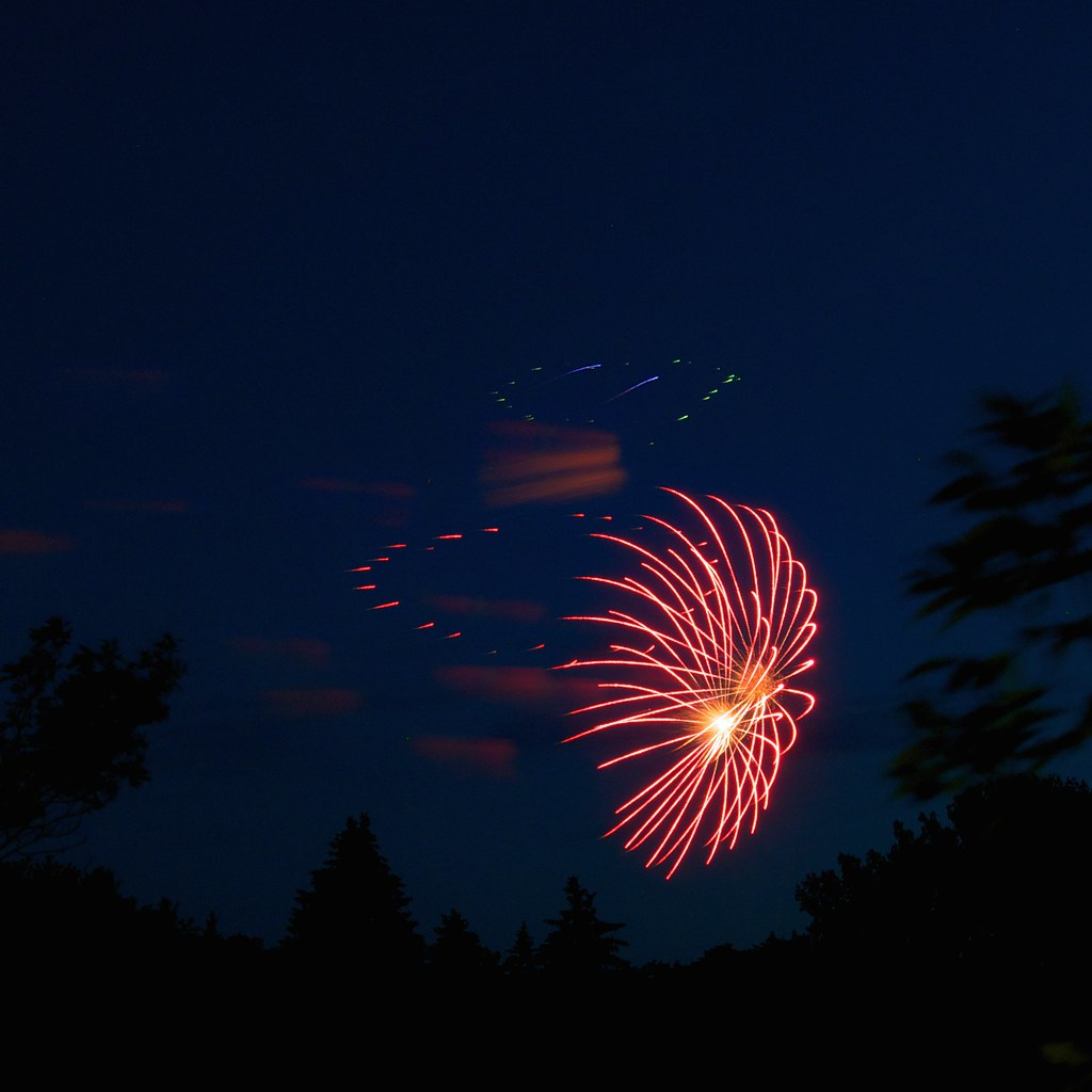 Fireworks _2014_07_01_22-52-20_DSC_9566_©LindsayBerger2014