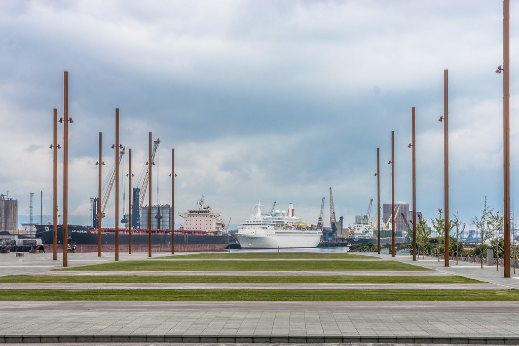 TITANIC BELFAST - CRUISE SHIP PAYS A VISIT TO THE BIRTHPLACE OF THE TITANIC