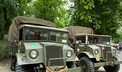 Belgique - Bruxelles - Vhicules allis 1940-1945 (saigneurdeguerre) Tags: world brussels 3 canon army war europa europe belgium belgique mark iii belgi bruxelles ponte ww2 5d 2d airb