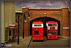 White Relief (Zippy's Revenge) Tags: bus london model transport titan diorama t1 efe daimler leyland fleetline diecast oogauge exclusivefirsteditions thx401s 176scale 176thscale