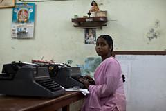 (Sbastien Pineau) Tags: pink india girl typewriter rose lady office mujer raw chica bureau indian femme rosa indiana oficina fille tamilnadu inde pondicherry pineau mquinadeescribir indienne pondichry machinecrire  puducherry   sbastienpineau