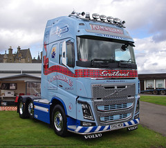 J & G McWilliam of Huntly Volvo FH16 Globetrotter SV62MCW (andyflyer) Tags: truck lorry huntly globetrotter haulage truckfest hgv volvofh16 truckfestscotland jgmcwilliam truckfestscotland2014 sv62mcw