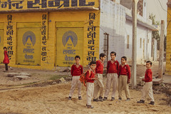 IMG_2583 1 (gaujourfrancoise) Tags: voyage travel people india colors kids children asia couleurs streetphotography asie inde schoolboys lesgens veiledwomen gaujour