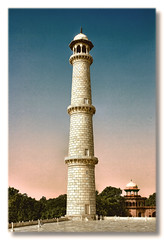 Agra IND - Taj Mahal Minarett 01