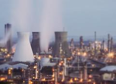 Night - shift (kenny barker) Tags: scotland explore refinery grangemouth 140 kennybarker