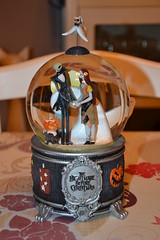 Snowglobe The Nightmare Before Christmas (Girly Toys) Tags: jack skellington zero oogie boogie sally létrange noël de mr the nightmare before christmas disney collection snowglobe missliliedolly miss lilie dolly aurelmistinguette girly toys collectible girlytoys