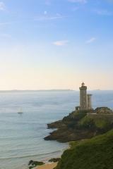 Phare du petit minou, Brittany. (simond294) Tags: blue sea mer lighthouse seascape france boat nikon bretagne bateau phare bzh