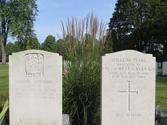 00707894 BWC (golli43) Tags: berlin cemetery germany soldiers westend charlottenburg wargraves secondworldwar britishsoldiers heerstrasse alliedsoldiers