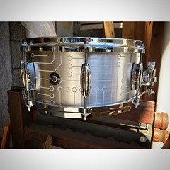 6X14 Aluminum Plate snare drum. Please don't kill me @tzarzeka #qdrumco #circuitry #tylersgonnabemad