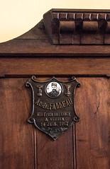 Oratoire de Germigny-des-Prés (Loiret, France) (Denis Trente-Huittessan) Tags: mortpourlafrance 31ans arsènefalleau le14juillet1917 àverrta