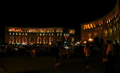 R 2014 Armania Yerevan Music Fountain Square IMG_7…